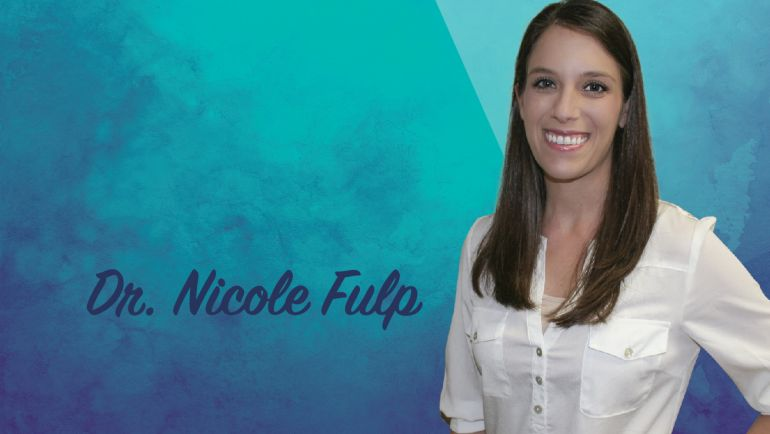 "Dr. Nicole Answers: ""What's the best thing I can do to keep my teeth healthy?"""