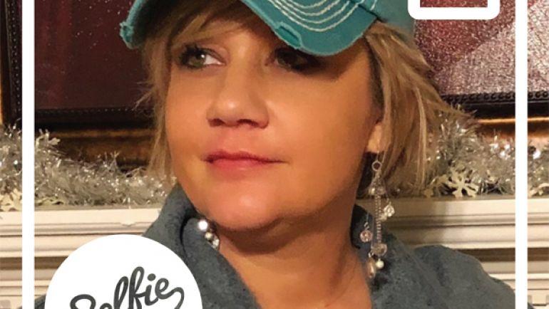 Selfie Spotlight: Mandi O'Drobinak!