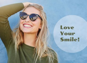 Chipped, Cracked or Stained Teeth?  Let's talk about Bonding!