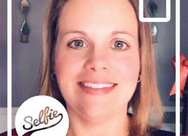 Selfie Spotlight: Meet Sandi Thomas!