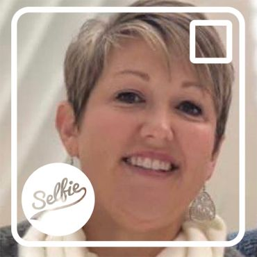 Selfie Spotlight: Meet Leslie Broome!